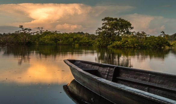 canoe-amazon-river-tours